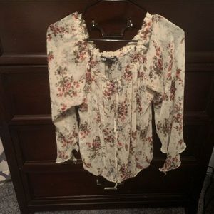 Barely worn flowered blouse